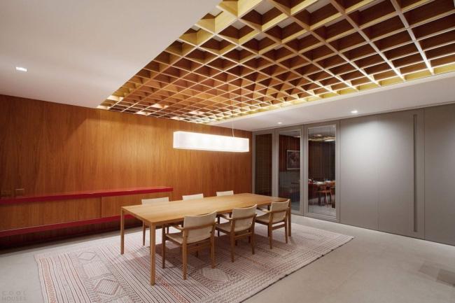 Комбинированное потолочное пространство