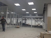 Монтаж потолка в торговом центре
